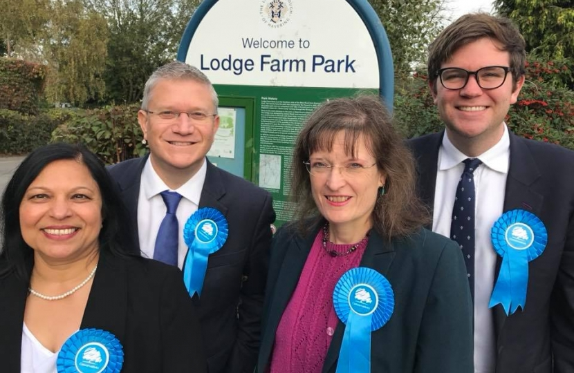 Romford Town Conservative Action Team: Nisha Patel, Andrew Rosindell MP, Judith Holt, Cllr Joshua Chapman